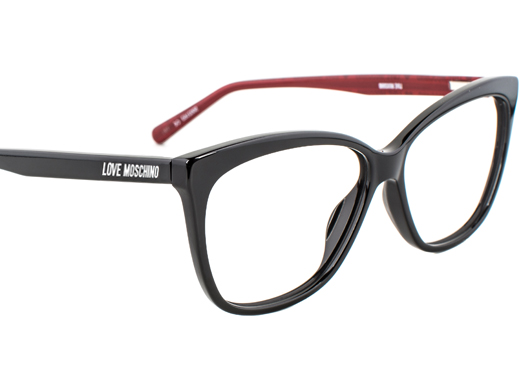 18900778d9 Featured Love Moschino glasses