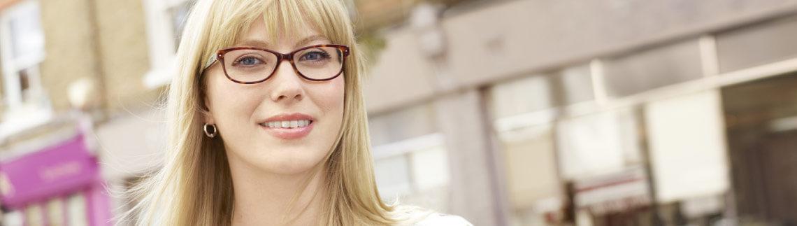 Featured Petite Glasses | Specsavers UK