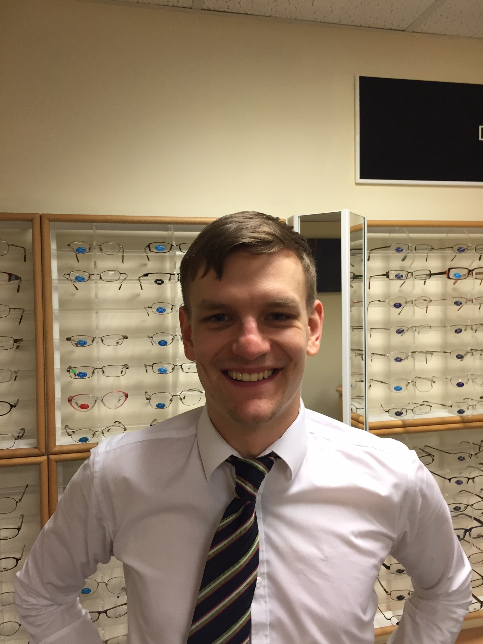 Artiom is a hearing aid audiologist at Specsavers Gravesend