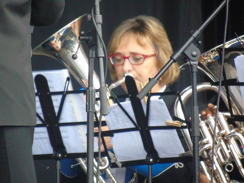 Pam Fisher performing at Glastonbury