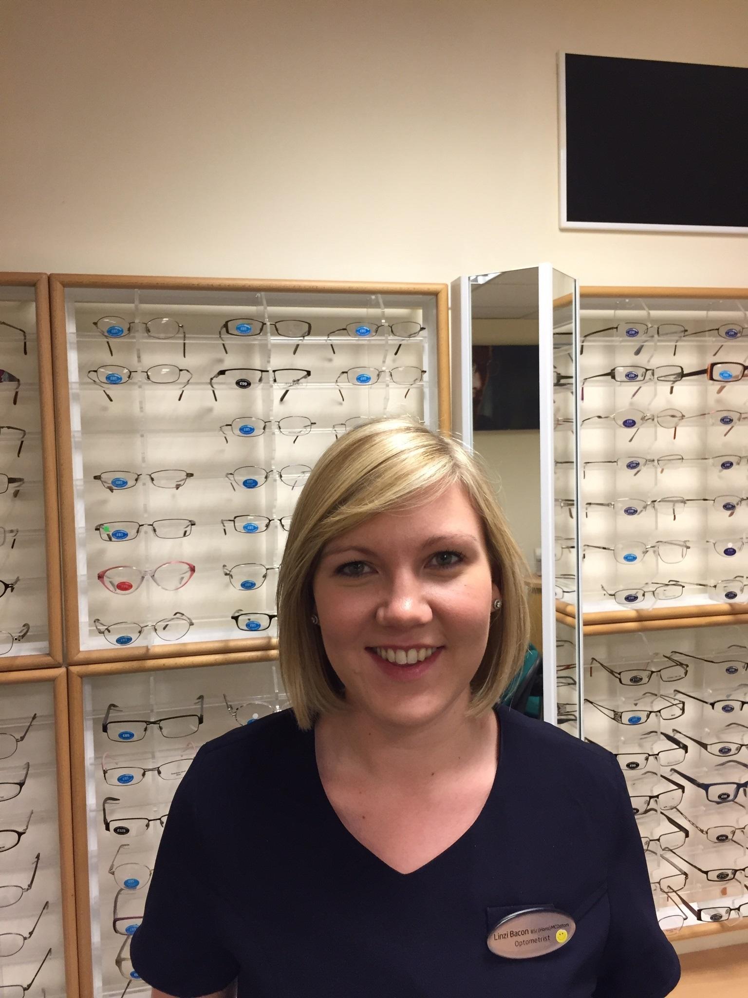 Linzi is an optometrist at Specsavers Gravesend