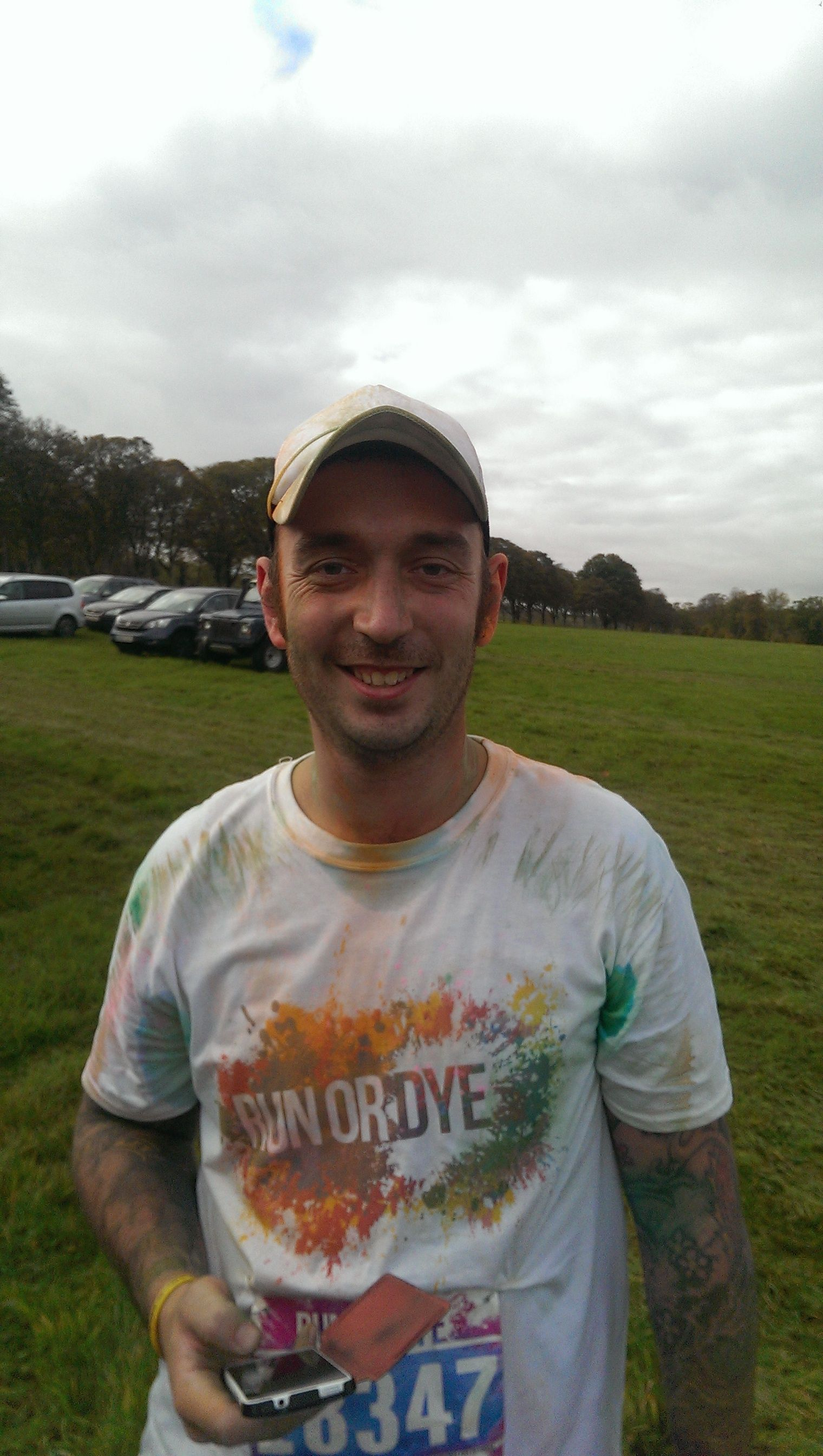 David Blindell from Specsavers Newbury runs the Run or Dye event for Breast Cancer Campaign