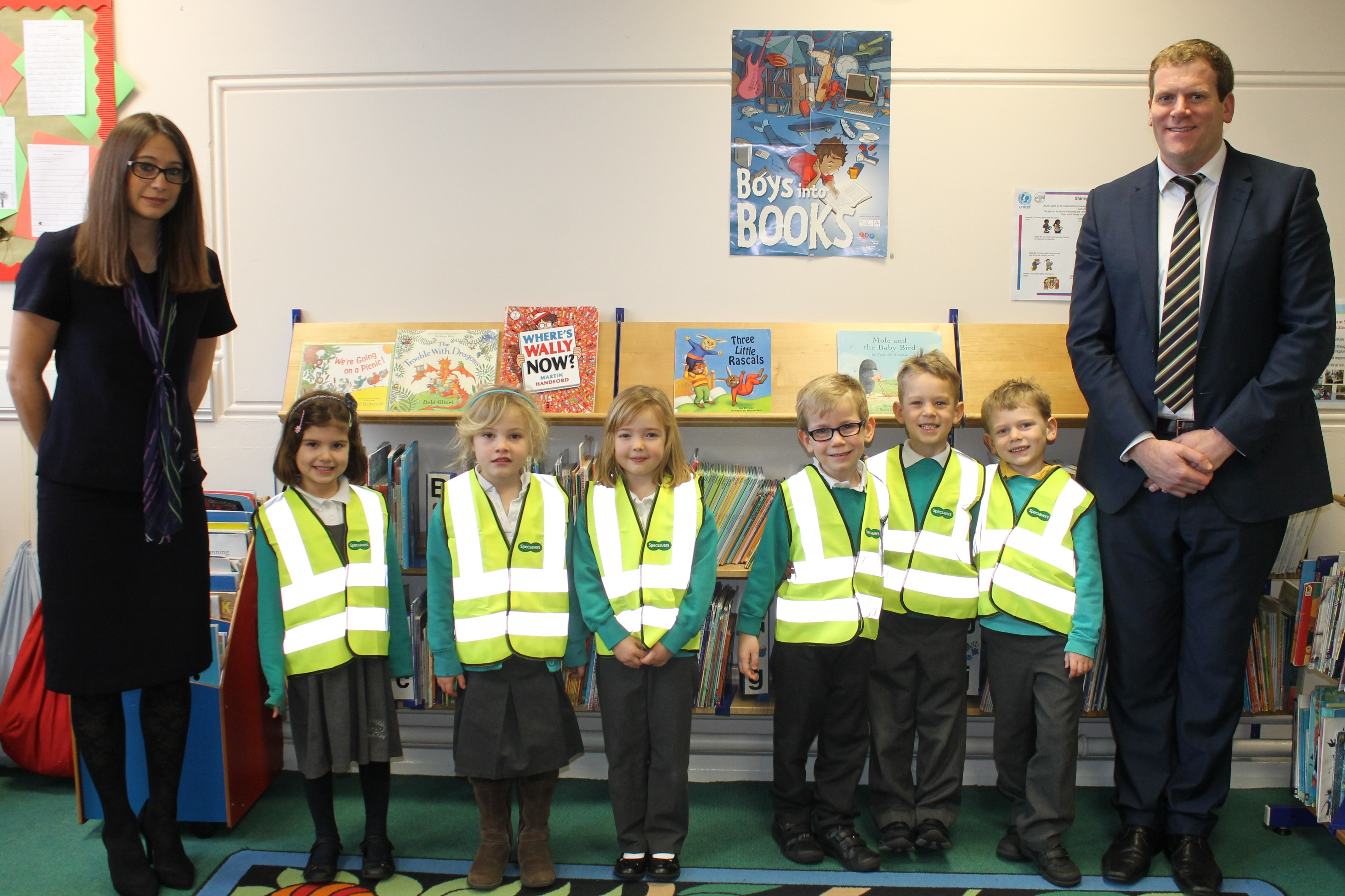 Shirley Infants with Nikki Quiney and Leighton Simmons from Specsavers Shirley